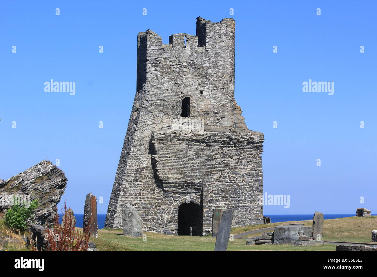 Aberystwyth castle & grounds featuring the main tower overlookig cardigan bay - Stock Image