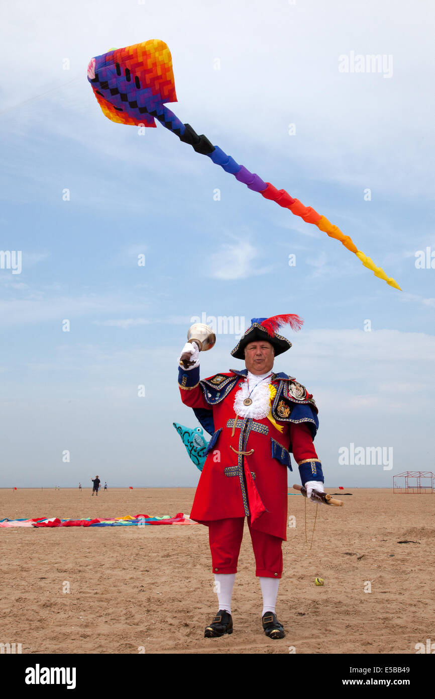Lytham St Annes, Blackpool, 26th July, 2014. Town Crier, Mr Colin Ballard proclaiming at the St. Annes kite festival. - Stock Image