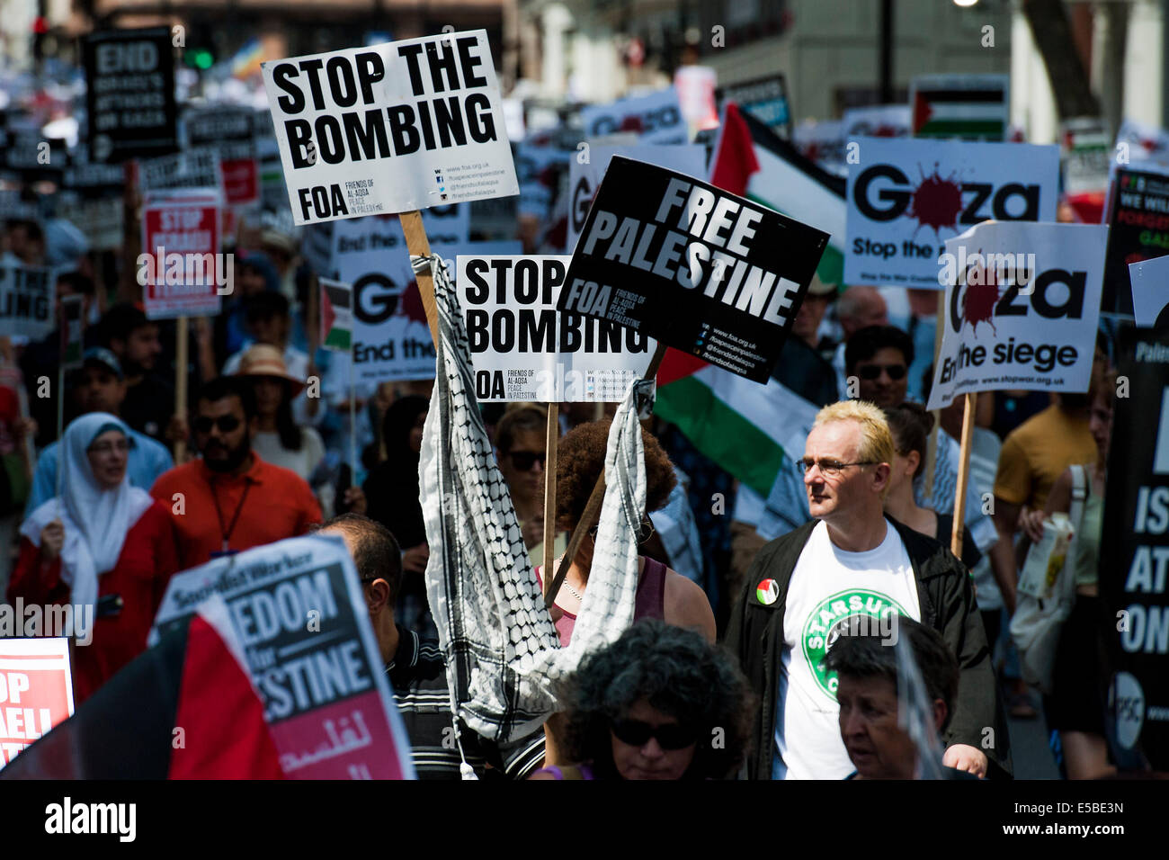 London, UK. 26th July, 2014. Stop the 'massacre' in Gaza protest. A demonstration called by: Stop the War - Stock Image