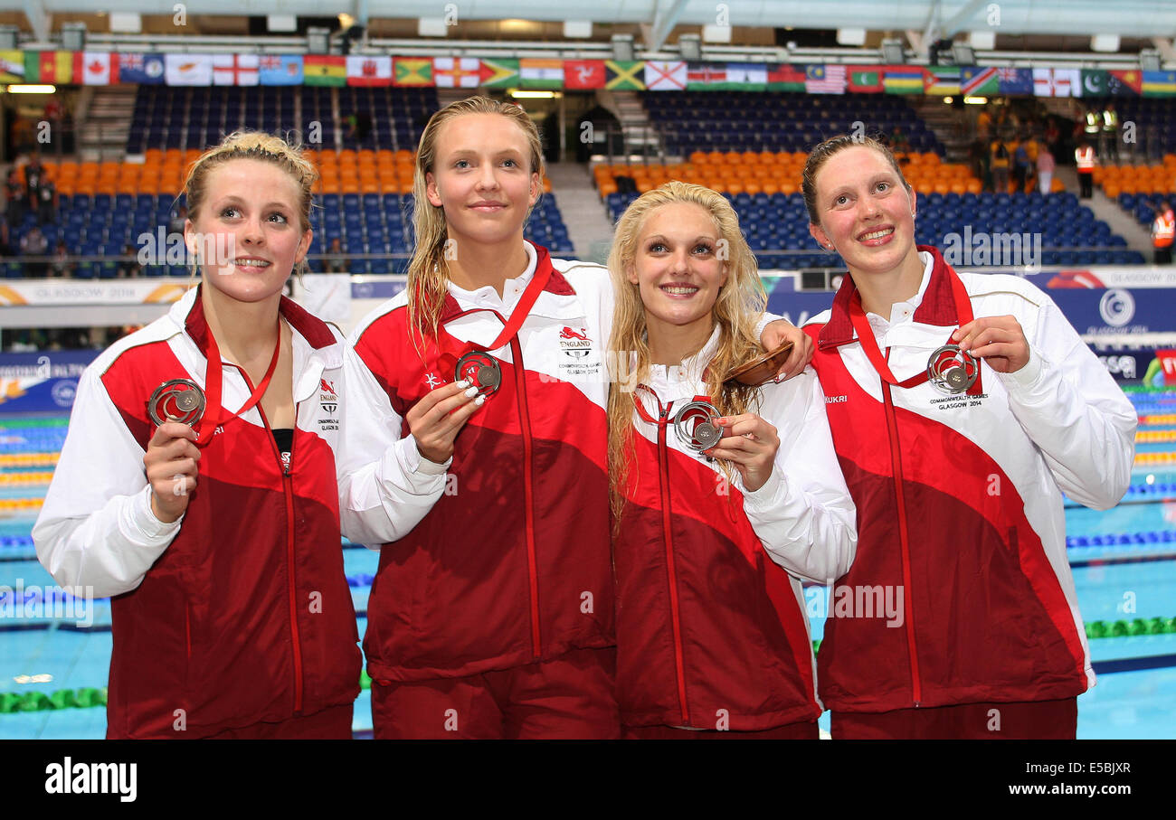ENGLAND BRONZE MEDAL WOMENS 4X400 FREESTYLE TOLLCROSS SWIMMING CENTRE GLASGOW SCOTLAND 26 July 2014 - Stock Image