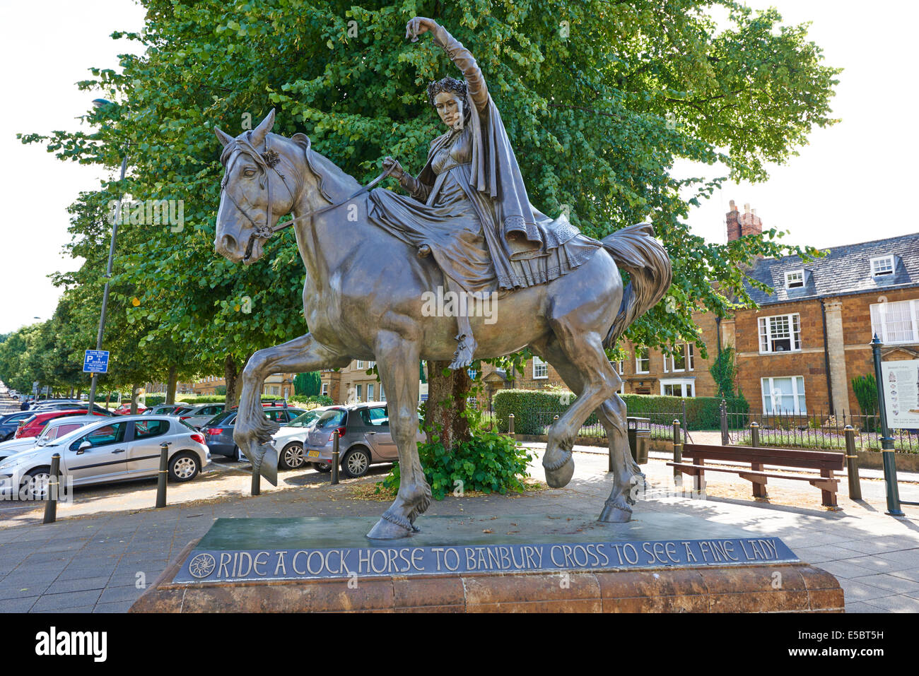 The Fine Lady On A Horse Sculpture By The Cross Banbury Oxfordshire UK - Stock Image
