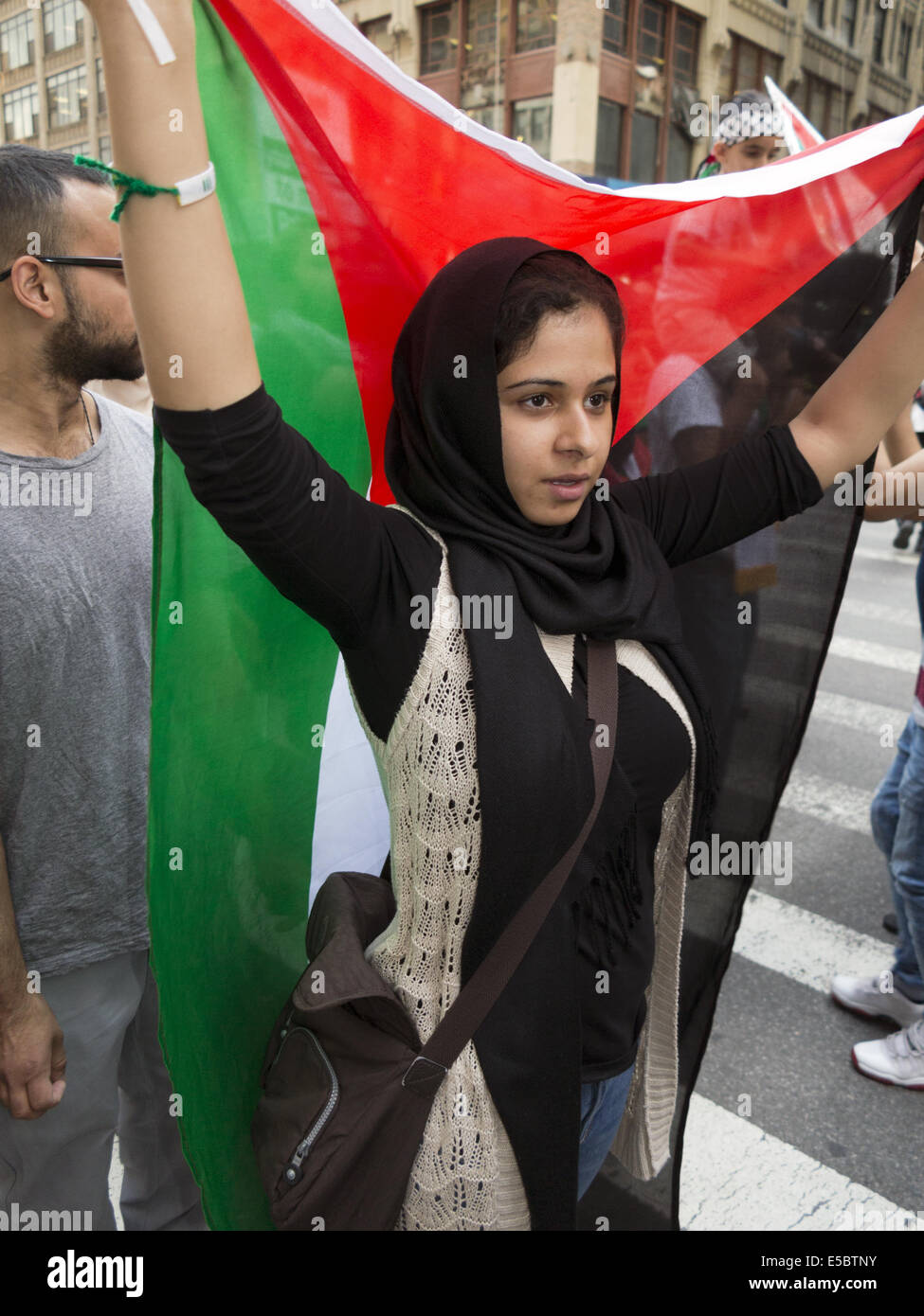 USA: NYC, NY. Pro-Palestinian demonstration at Times Square protesting Israeli attacks against Gaza, July 25, 2014. Stock Photo