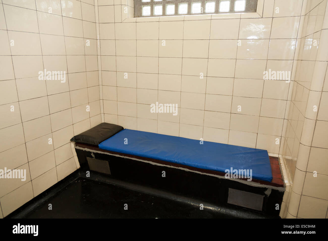 Metropolitan Police service ( old / traditional ) Police station custody suite / suites / cell / cells in Twickenham. - Stock Image