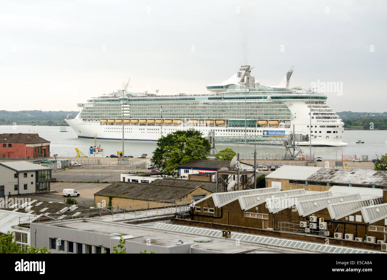 SOUTHAMPTON, UK  MAY 31, 2014:  The Royal Caribbean cruise ship Independence of the Seas leaving the port of Southampton. - Stock Image