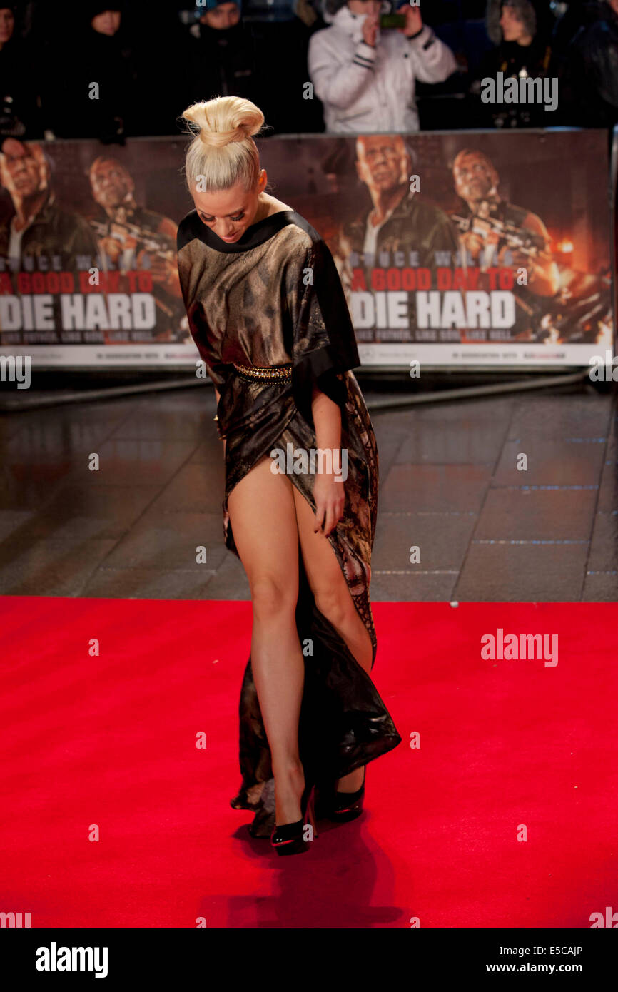 KIMBERLEY WYATT A GOOD DAY TO DIE HARD. UK FILM PREMIERE LONDON ENGLAND UK 07 February 2013 - Stock Image
