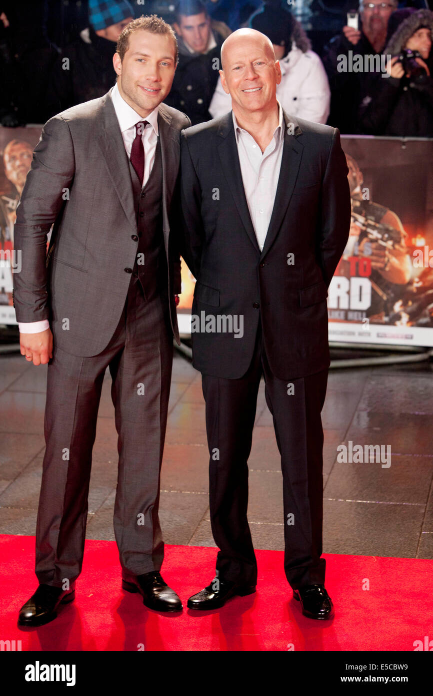 JAI COURTNEY Bruce Willis ,Die Hard 5 UK film premiere - Stock Image