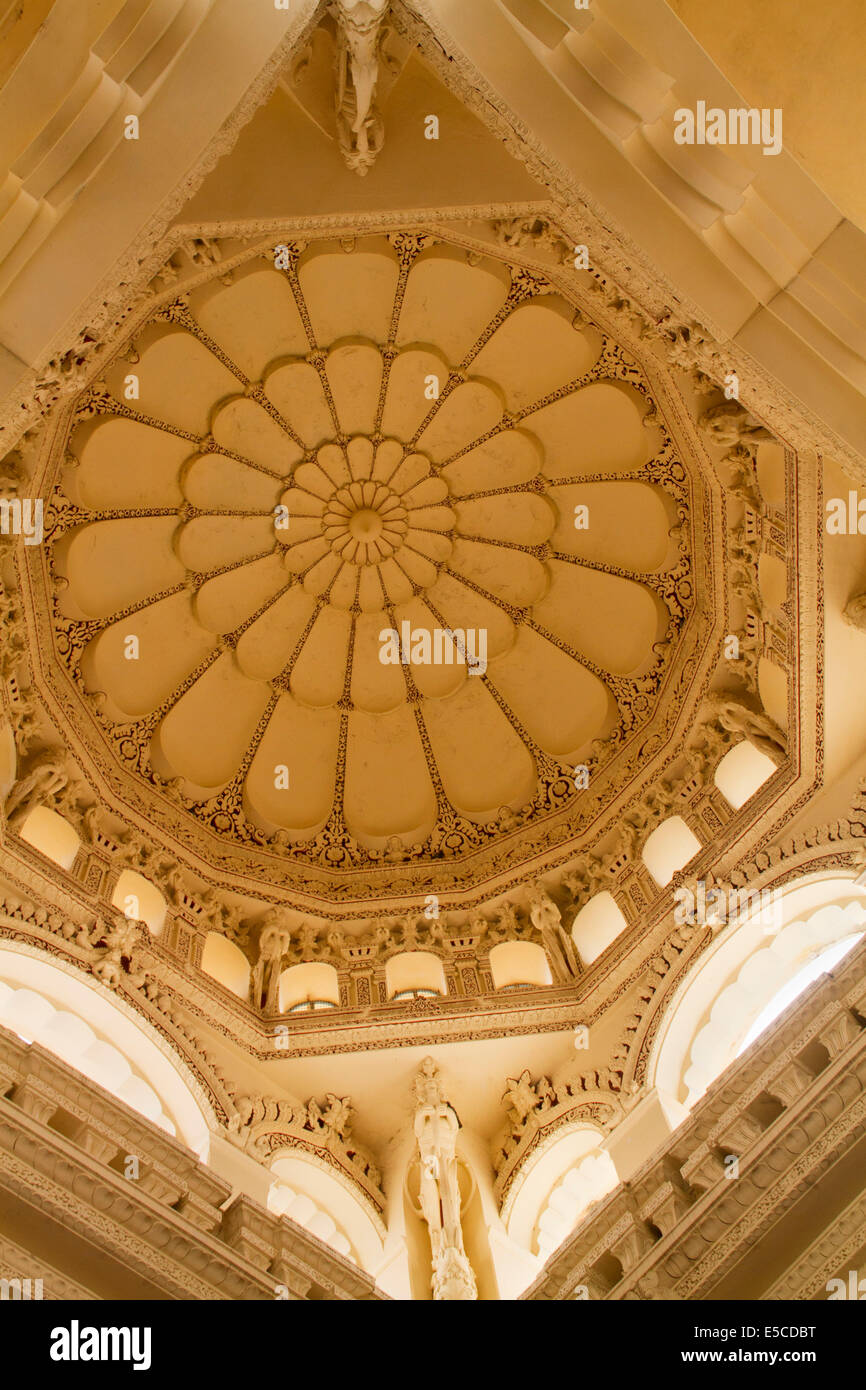 Thirumalai Nayaka Palace in Indo-Saracenic architectural style features richly decorated dome ceilings.Madurai,India - Stock Image