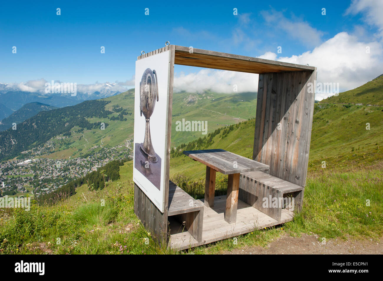 Installation on the art trail between La Chaux and Ruinette with view of Verbier, Wallis, Switzerland - Stock Image