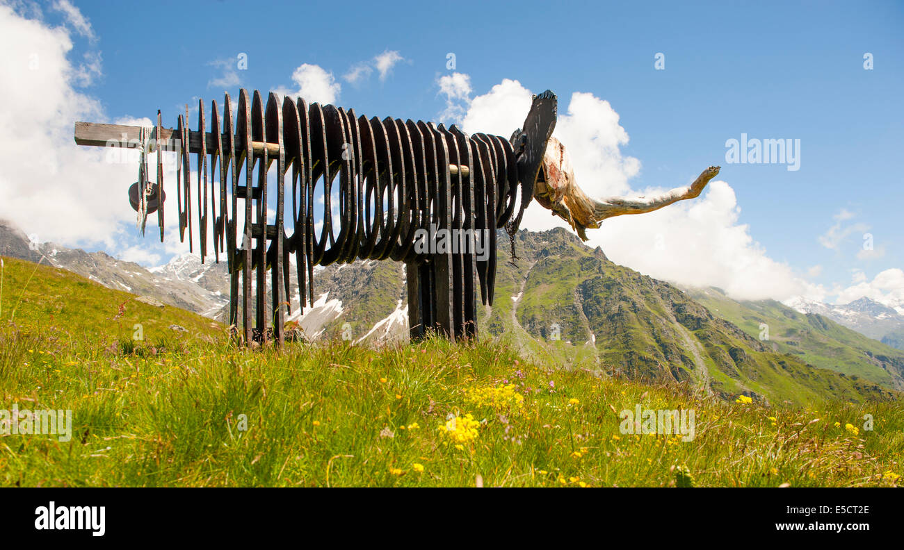 Elephant at the art trail installed by the  3-D Foundation in 2011 at 2,300 metres height  between Ruinettes and - Stock Image