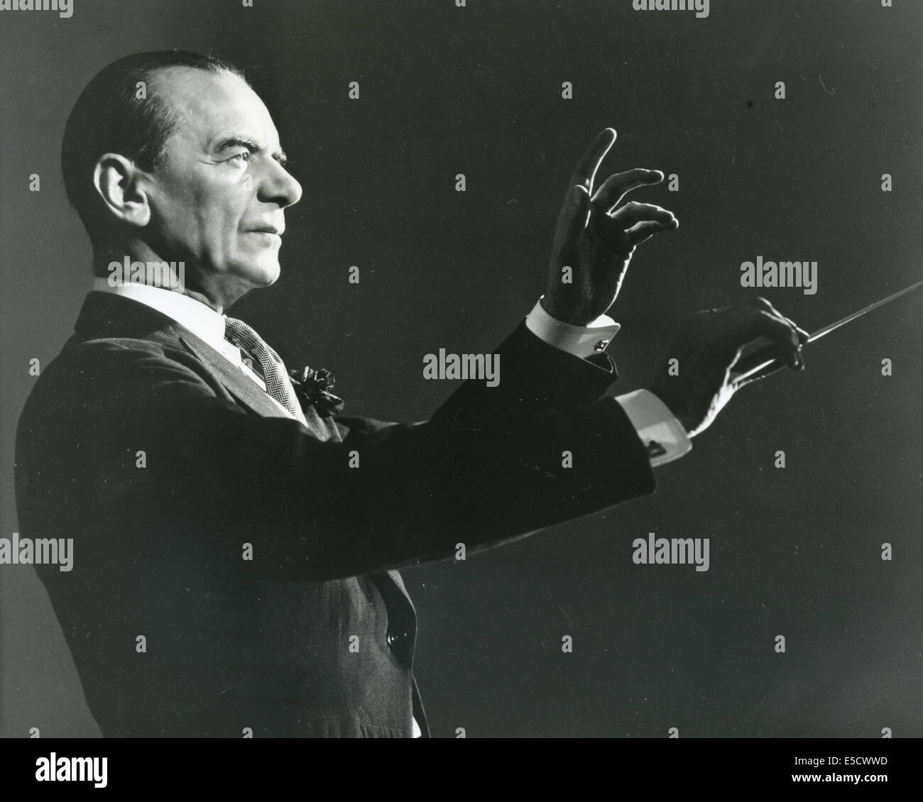 MALCOLM SARGENT (1895-1967) English conductor about 1950 Stock Photo