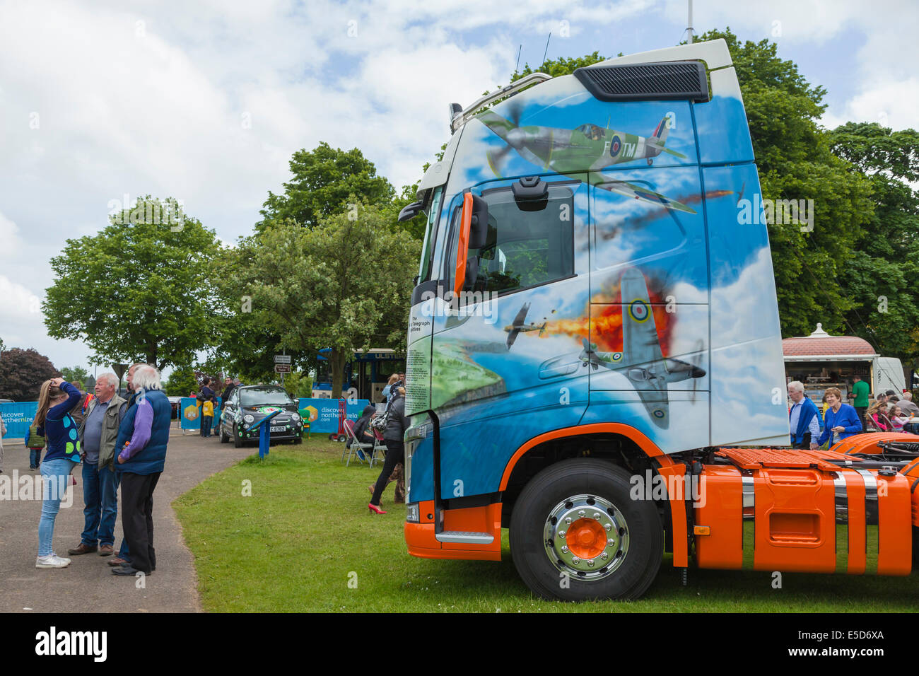 Artwork on cab of articulated lorry showing WW2 fighter planes - Stock Image