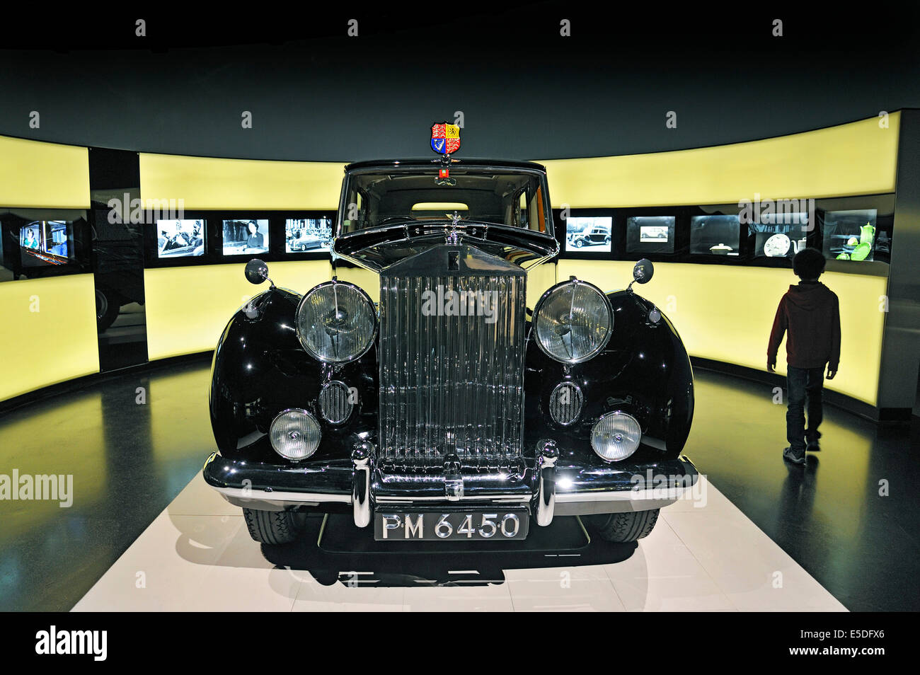 Rolls-Royce Phantom IV, 1950-56, only 18 pieces were built exclusively for royalty and heads of state, BMW Museum, - Stock Image