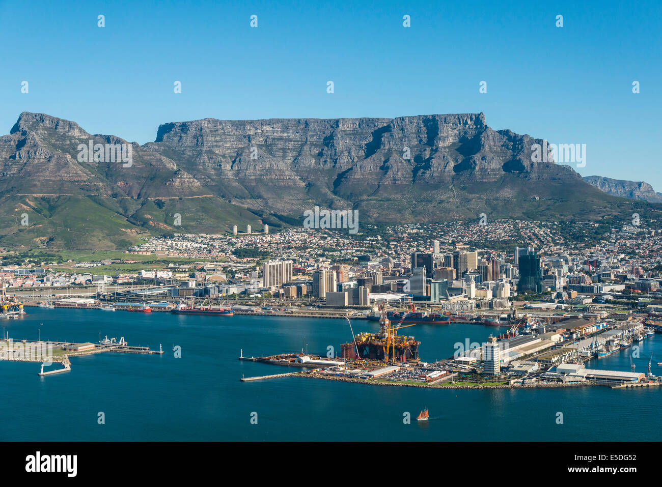 Aerial view, harbour, Devil's Peak and Table Mountain at the back, Cape Town, Western Cape, South Africa - Stock Image