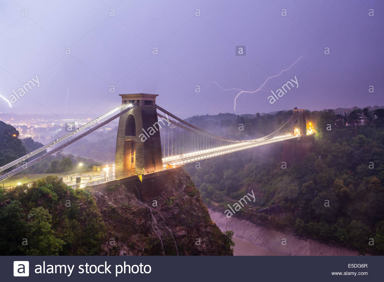 Lightning strikes Bristol, Clifton Suspension Bridge, Bristol, UK, 23/08/2013 - Stock Image