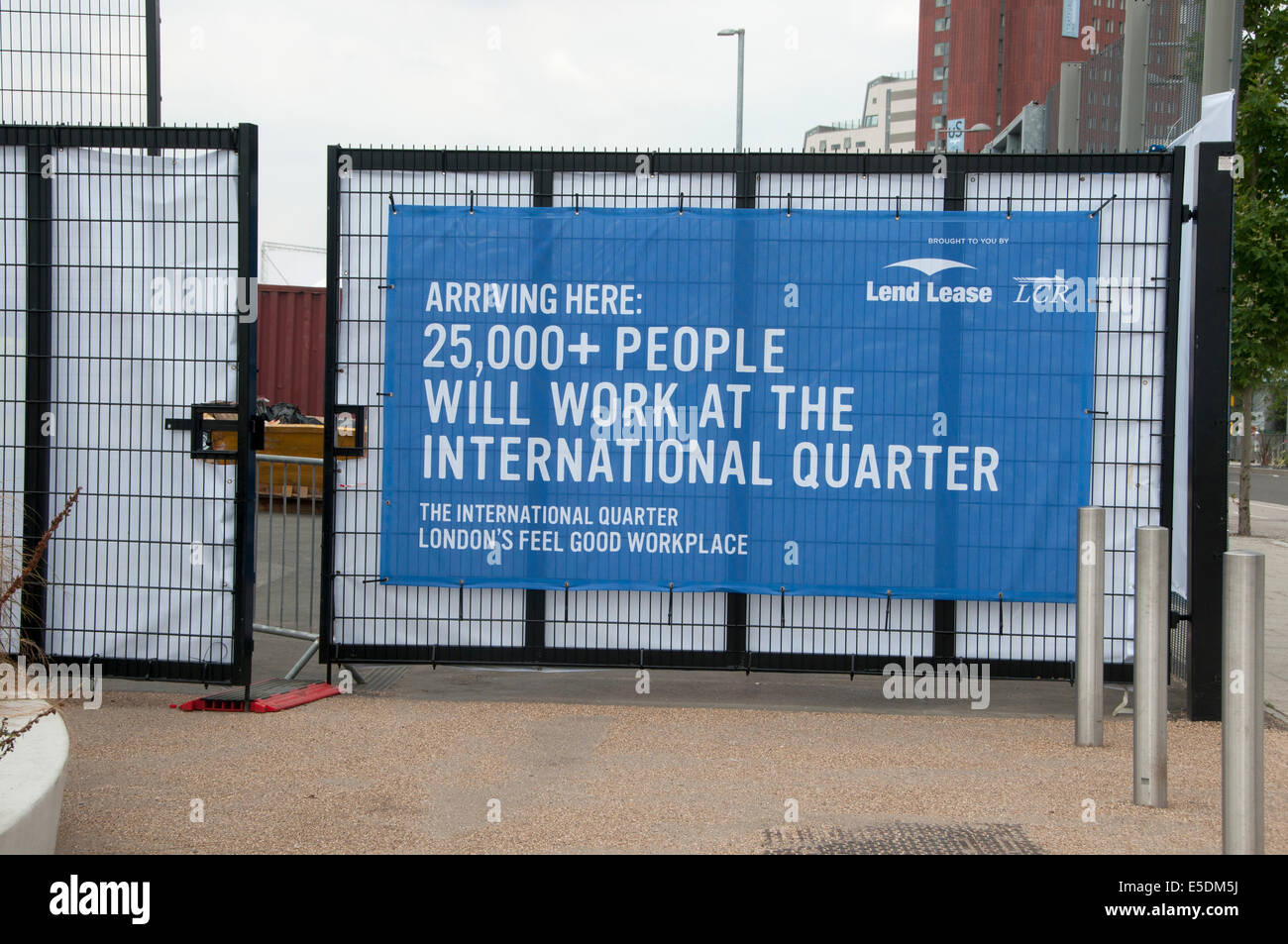 London July 2014. Queen Elizabeth Park, Stratford. Sign saying 25,000 people will work here - Stock Image