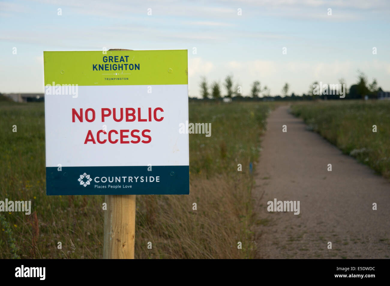 sign belonging to Countryside Properties indicating restricted access to green space land associated with Great - Stock Image