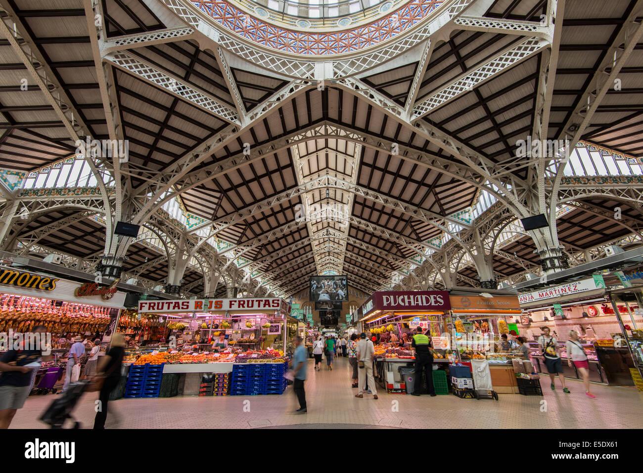 Interior of Mercado Central, Valencia, Comunidad Valenciana, Spain - Stock Image