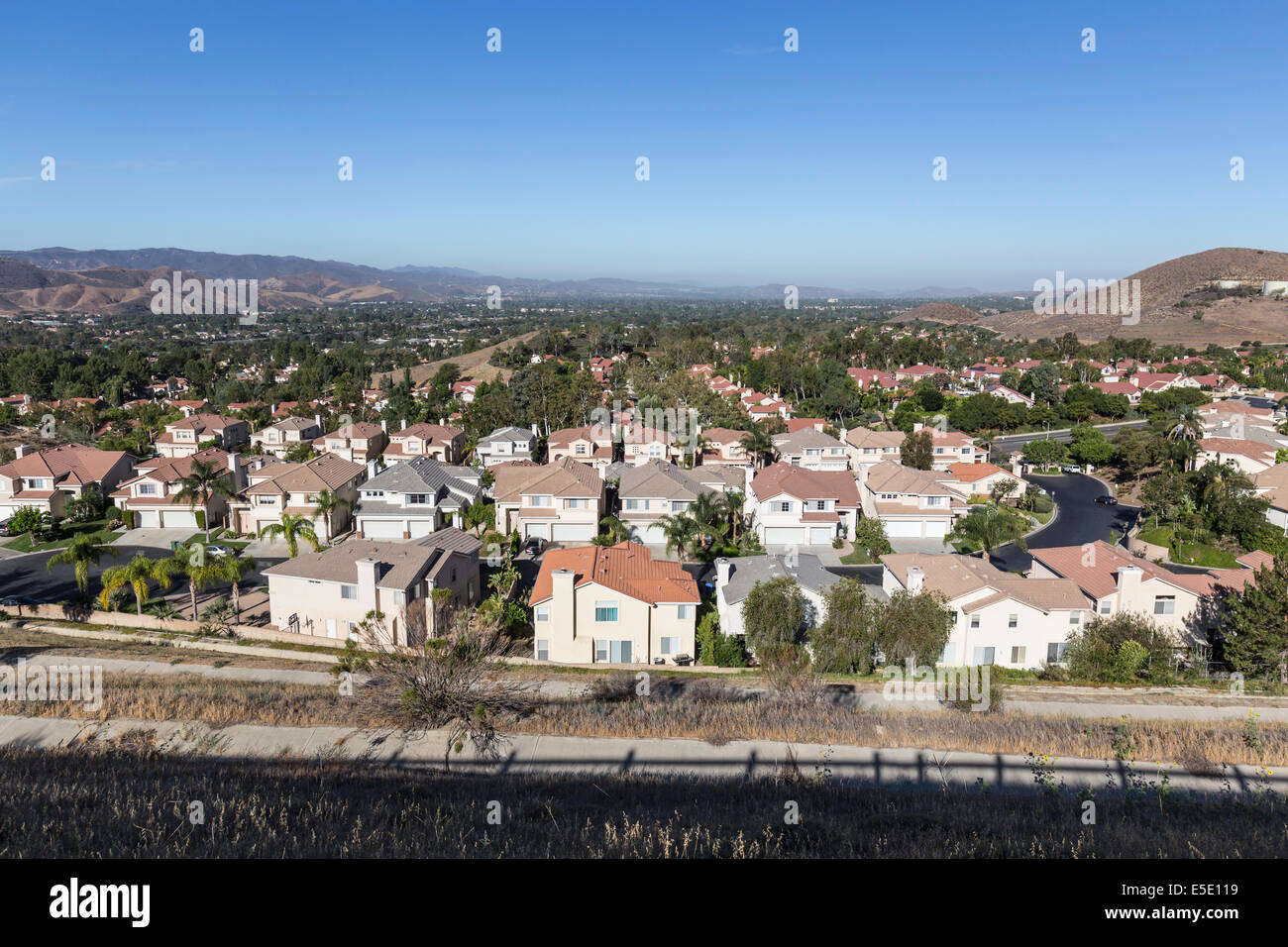 Comfortable suburban neighborhood in Ventura County's Simi Valley near Los Angeles, California. - Stock Image