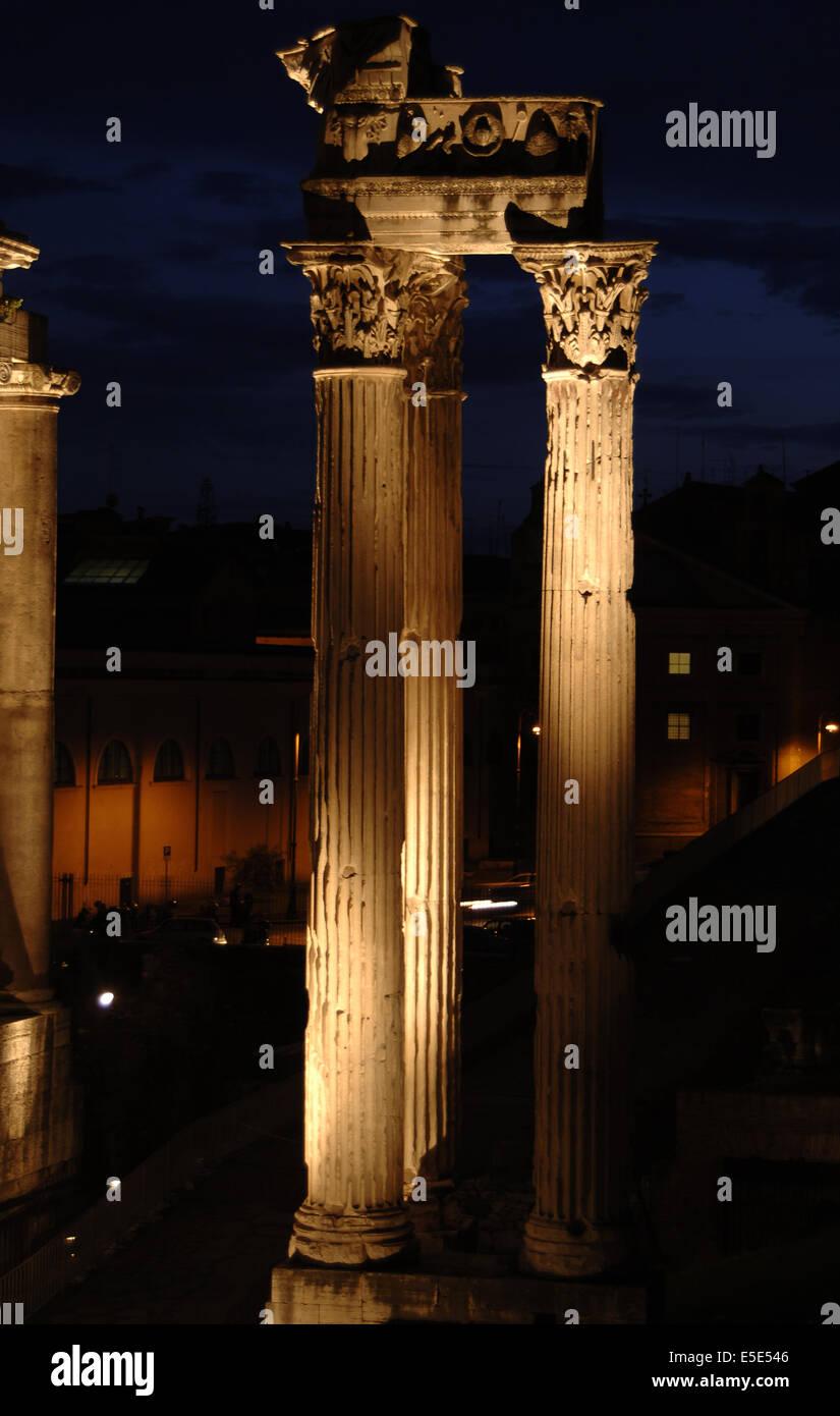 Italy. Rome. Roman Forum. Temple of Concord, 4th century BC. Night view. - Stock Image