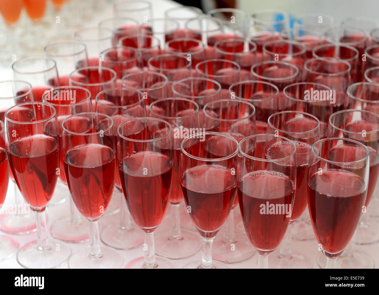 glass glasses pattern red wine fruit juice juices drinks catering Uk - Stock Image