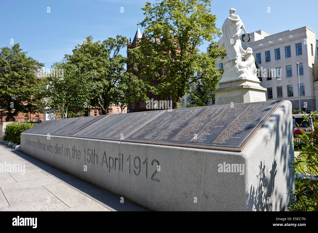 titanic memorial garden with the names of the victims in the grounds of Belfast city hall in city centre - Stock Image