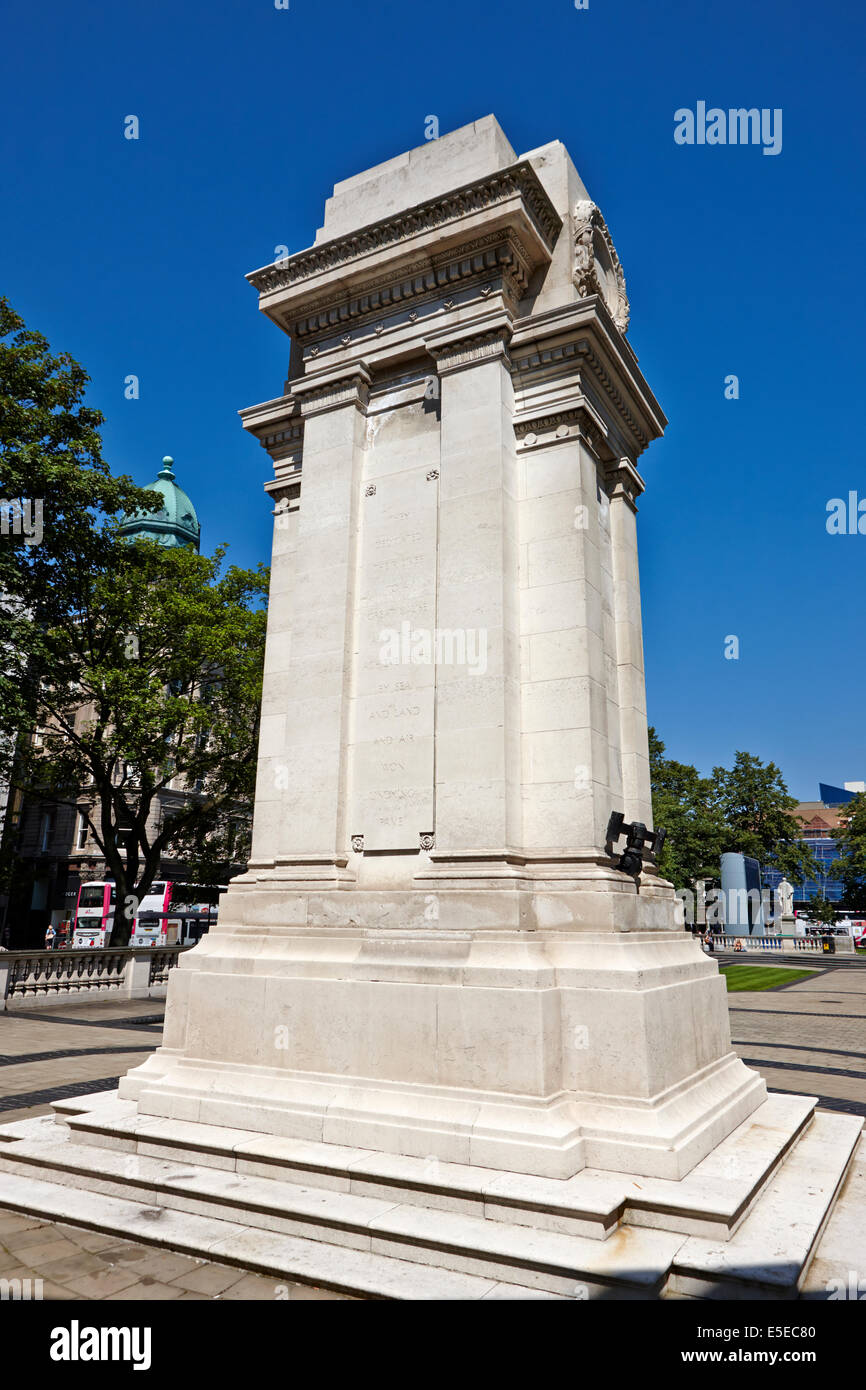 cenotaph war memorial at Belfast city hall in city centre - Stock Image