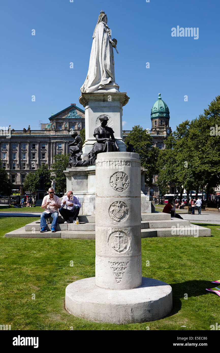 usaf second world war memorial in the grounds of Belfast city hall in city centre - Stock Image