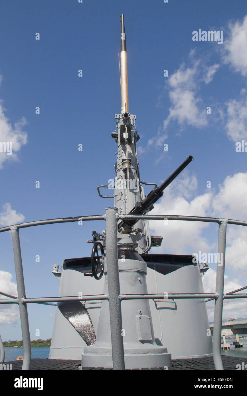 Deck gun and conning tower on USS Bowfin, World War II fleet submarine and now part of the World War II Valor in - Stock Image
