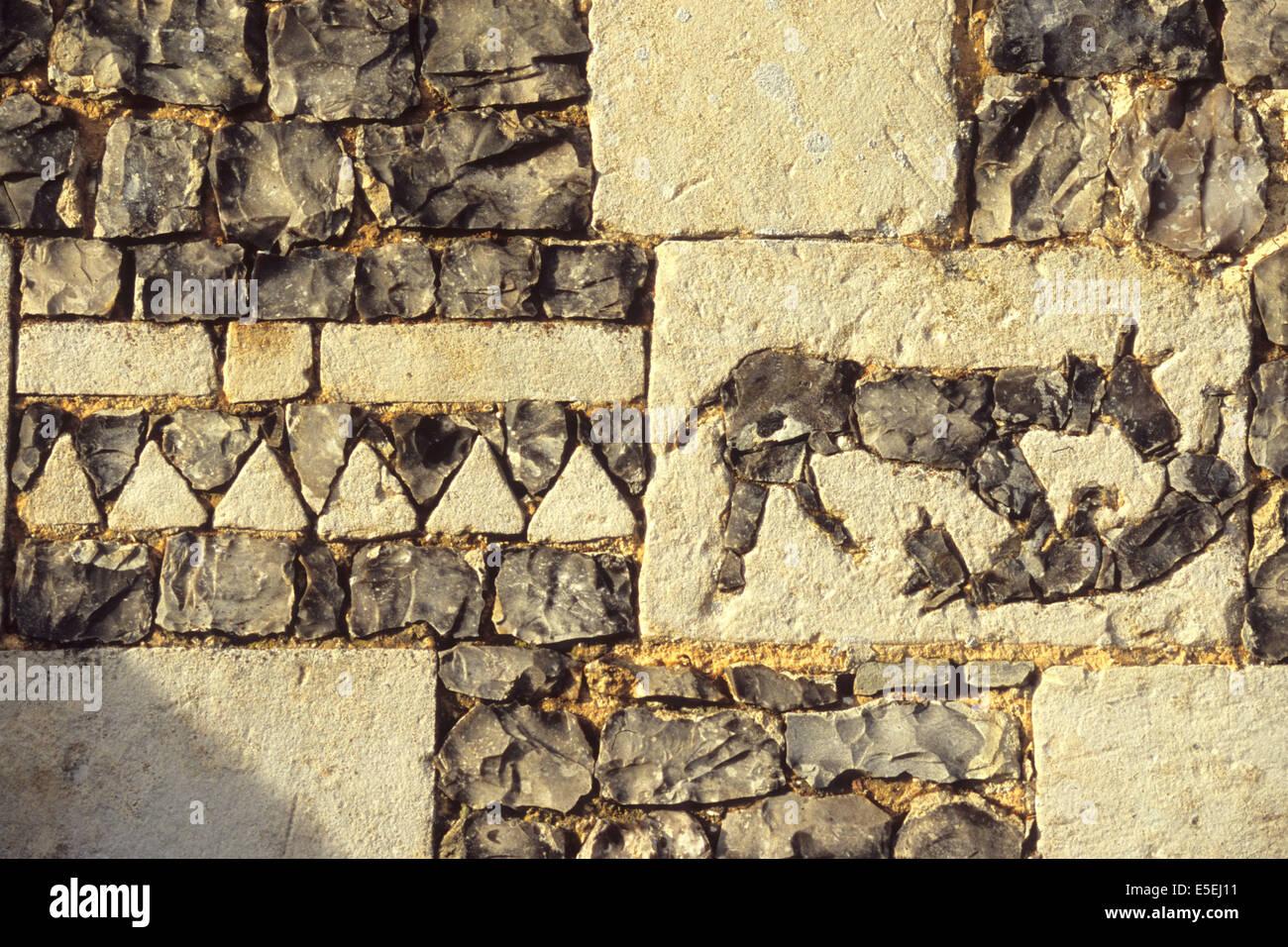 France, Haute Normandie, eure, saint gregoire du vievre, mur de l'eglise, rebus caballistique, esoterisme, pierre - Stock Image