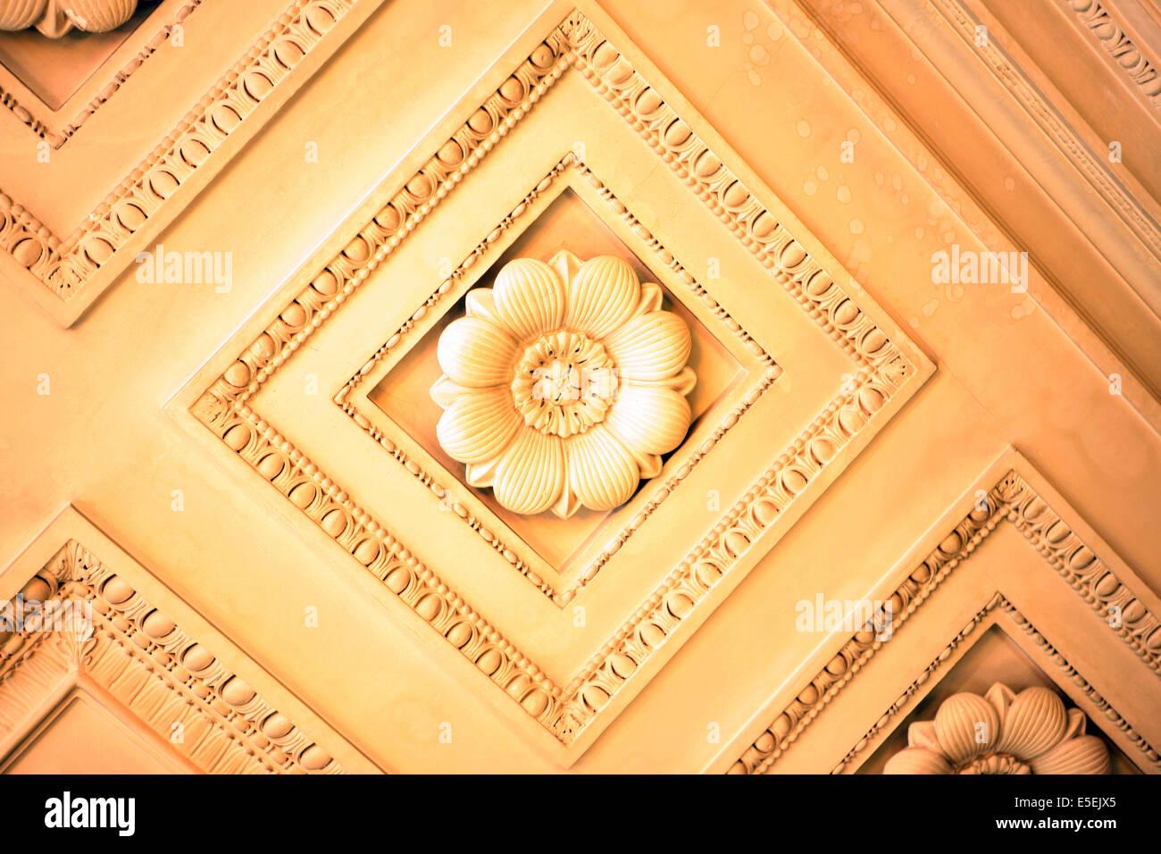 France, paris 9e, mairie du 9e, 6 rue drouot, Hotel d'Augny, plafond a caissons, escalier d'honneur - Stock Image