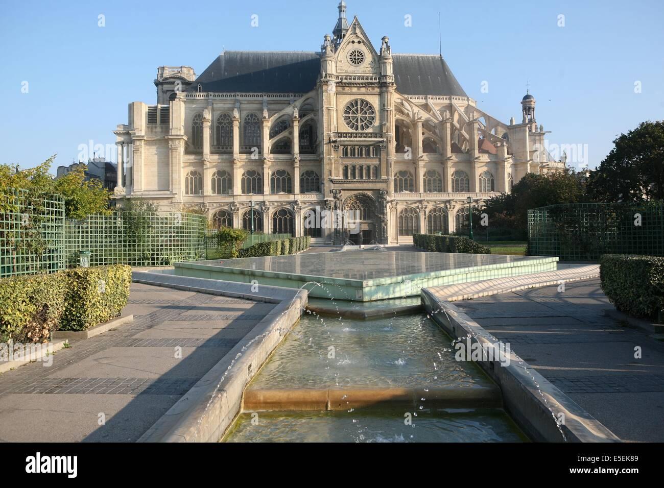 Bassin Fontaine De Jardin church saint eustache stock photos & church saint eustache