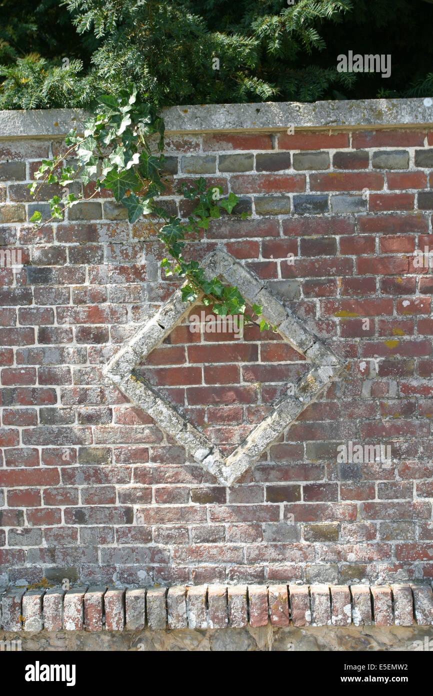 France, Haute Normandie, Mur De Briques, Decor Losange, Detail Matieres  Habitat,
