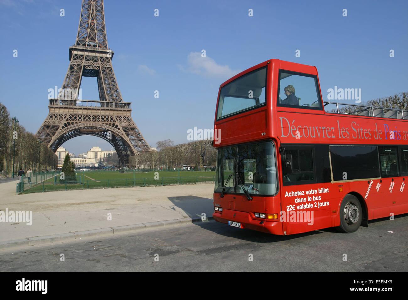 France Paris 7e Bus De Tourisme Autobus A Imperiale Les Cars