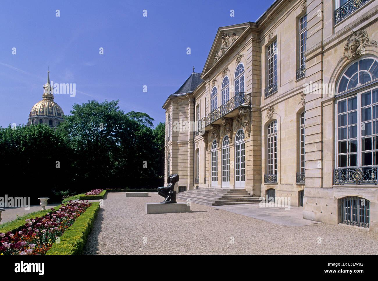 France Paris 7e Faubourg Saint Germain 79 Rue De Varenne Hotel Biron Musee Rodin Particulier Facade Sur Jardin Dome Des Invalides