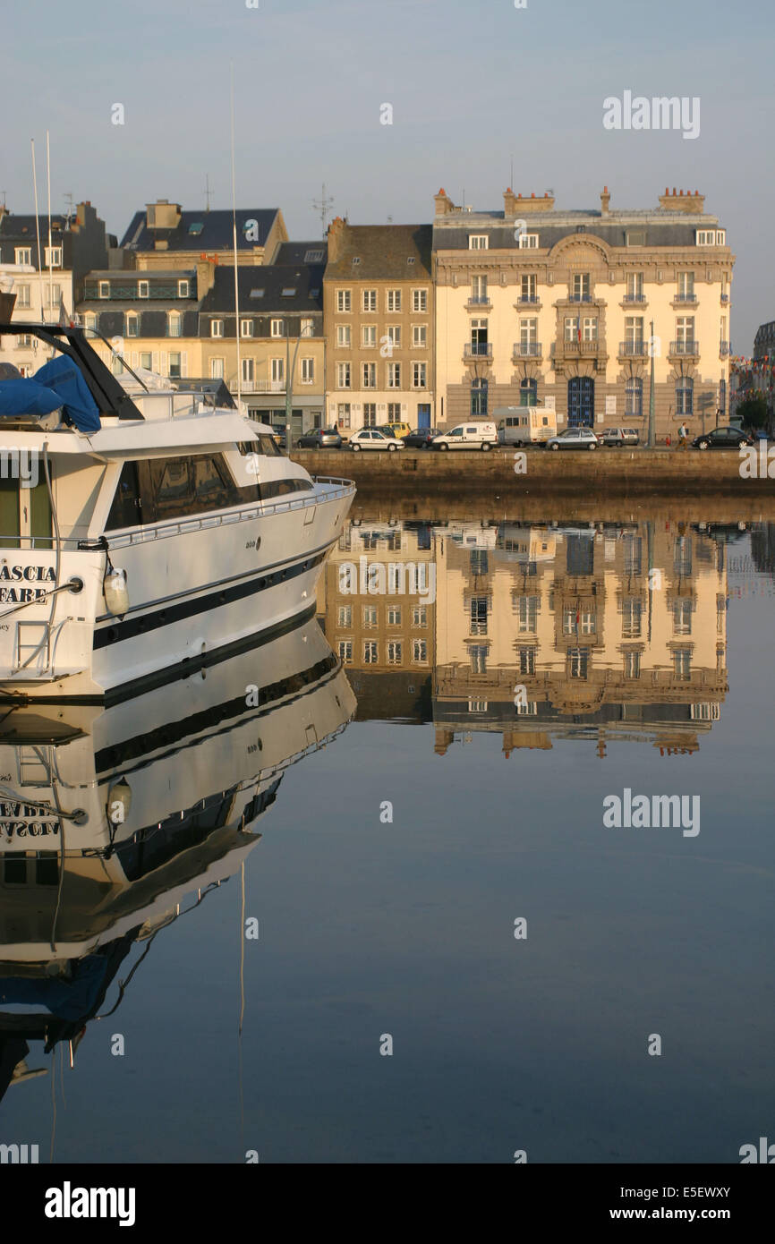 Cherbourg fishing boat stock photos cherbourg fishing boat stock images alamy - Chambre du commerce cherbourg ...