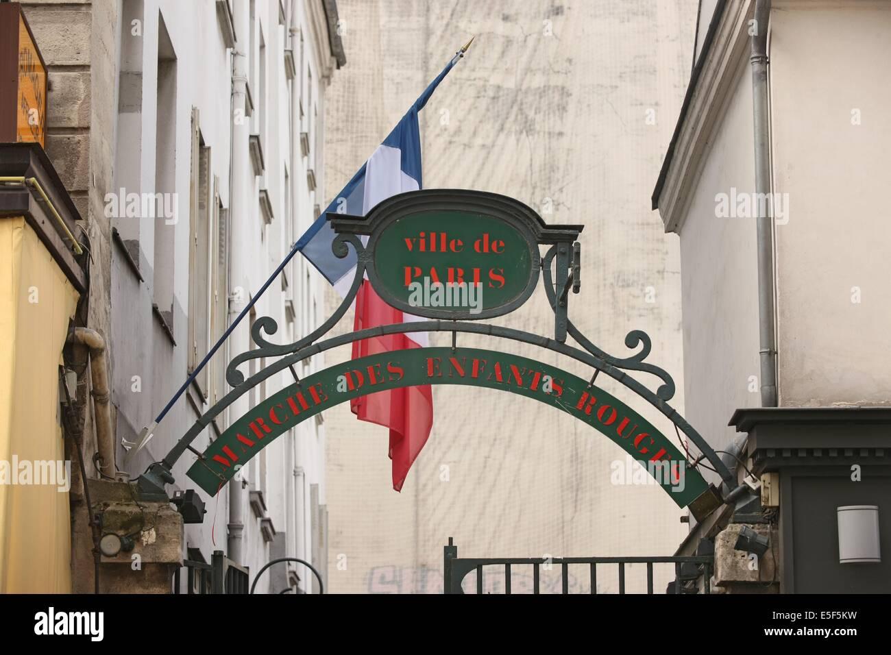 France, ile de france, paris 3e arrondissement, rue de bretagne, marche des enfants rouges,  Date : 2011-2012 Stock Photo