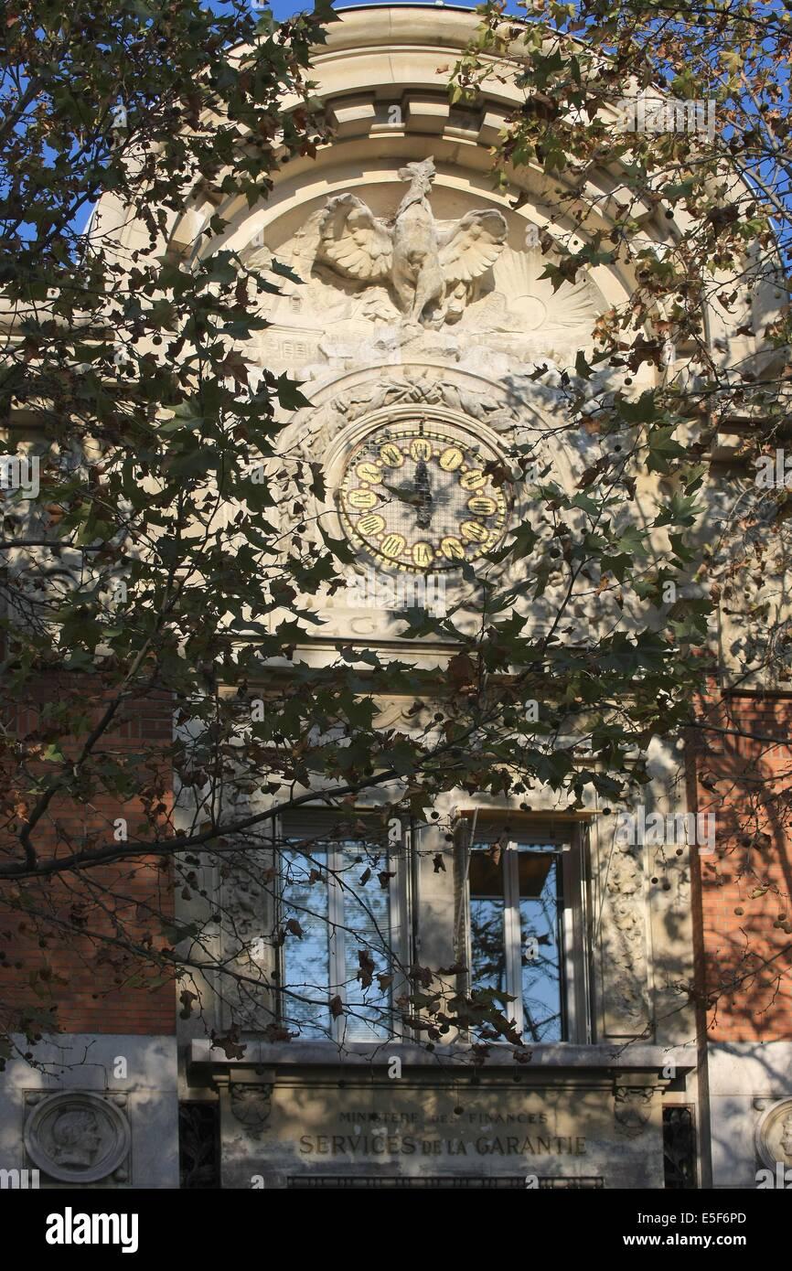 """France, ile de france, paris 3e arrondissement, le marais, 14 rue perree, immeuble de """"la garantie"""" detail facade Stock Photo"""