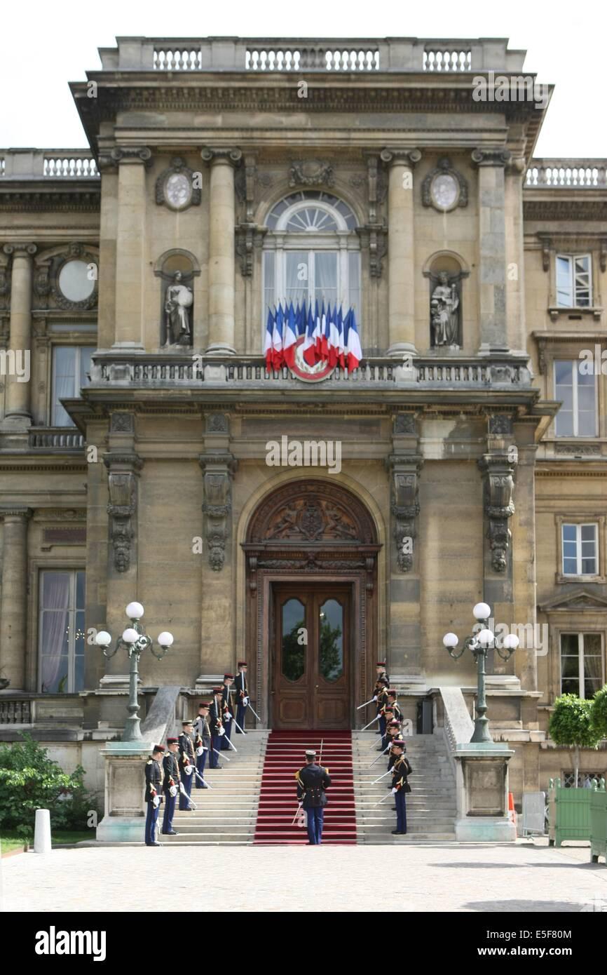 France, ile de france, paris, 7e arrondissement, quai d'orsay, ministere des affaires etrangeres, garde republicaine. Stock Photo