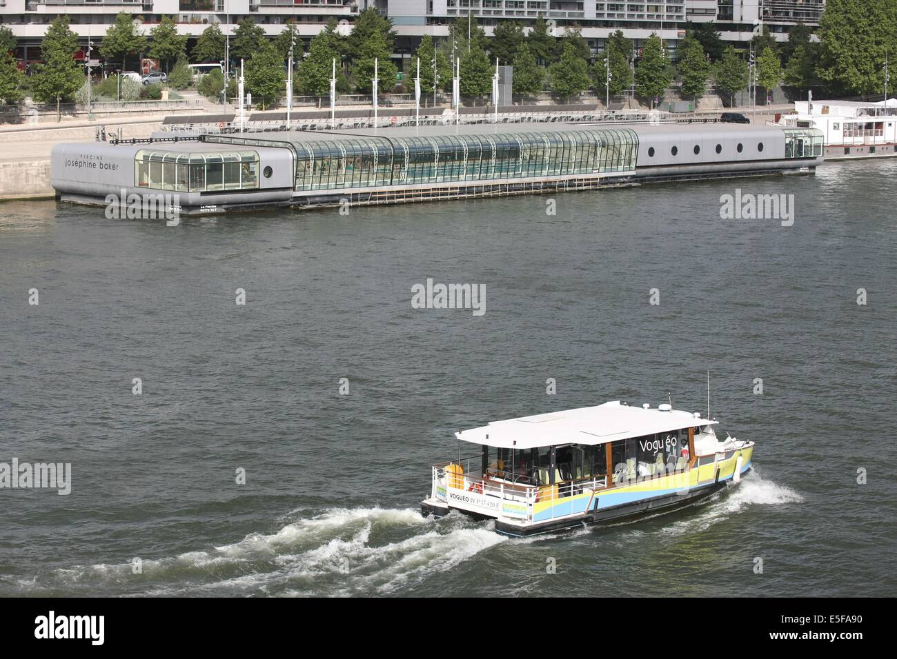 France Ile De France Paris 13e Arrondissement Seine Quai Stock