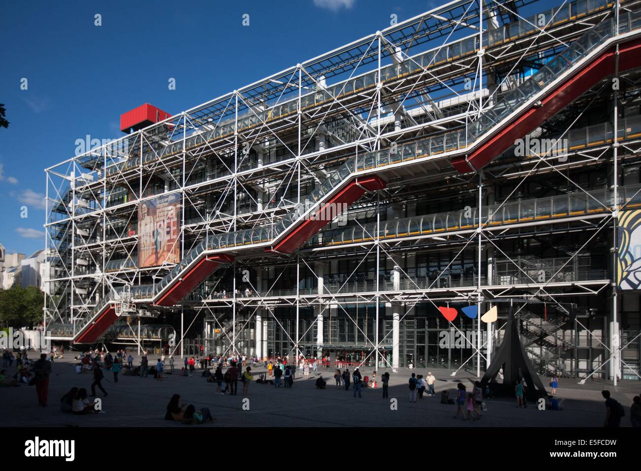 France, Region Ile de France, Paris 4e arrondissement, Beaubourg, piazza du Centre Georges Pompidou, architectes Stock Photo
