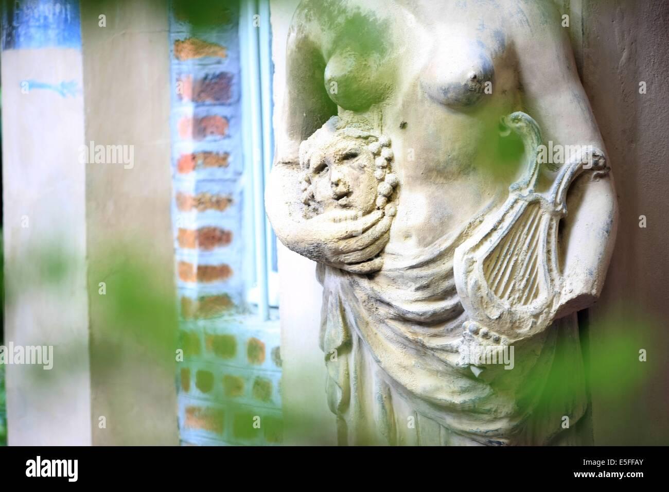 france, region ile de france, paris 15e arrondissement, passage de dantzig, la ruche, ateliers, artistes, - Stock Image