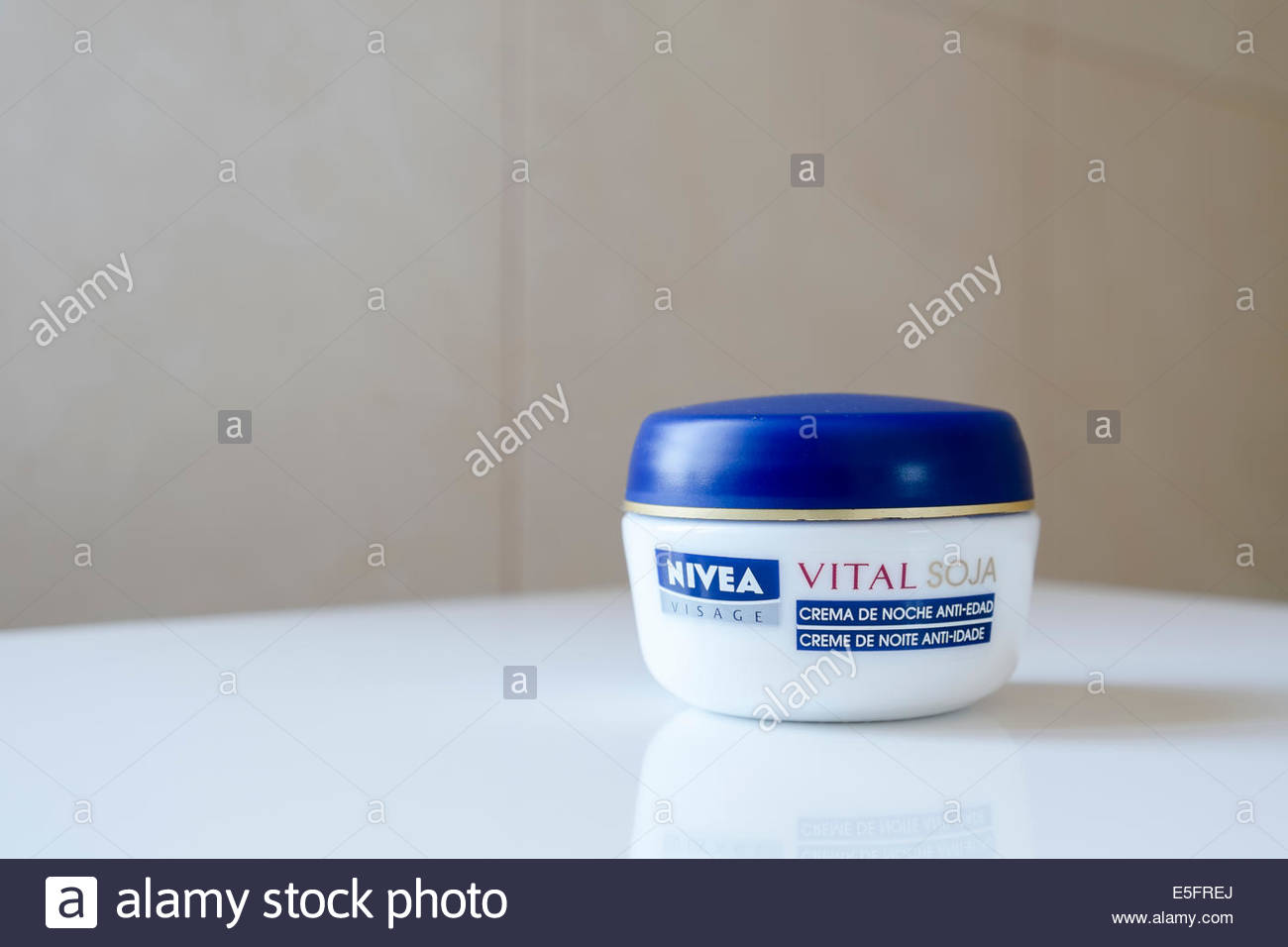 Nivea Visage Vital Soja night cream as sold in Portugal - Stock Image