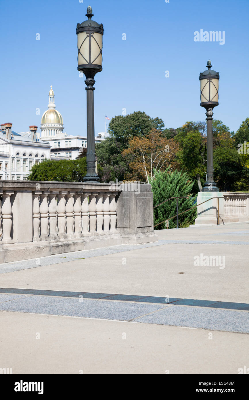 Dome of New Jersey Statehouse seen from Trenton War Memorial. - Stock Image