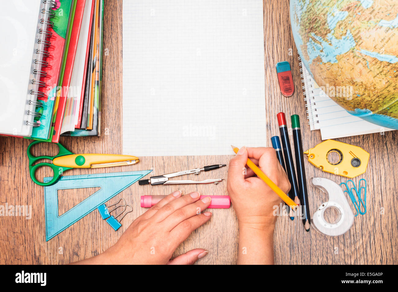 Charmant Top View Of School Accessories On A Desk   Stock Image