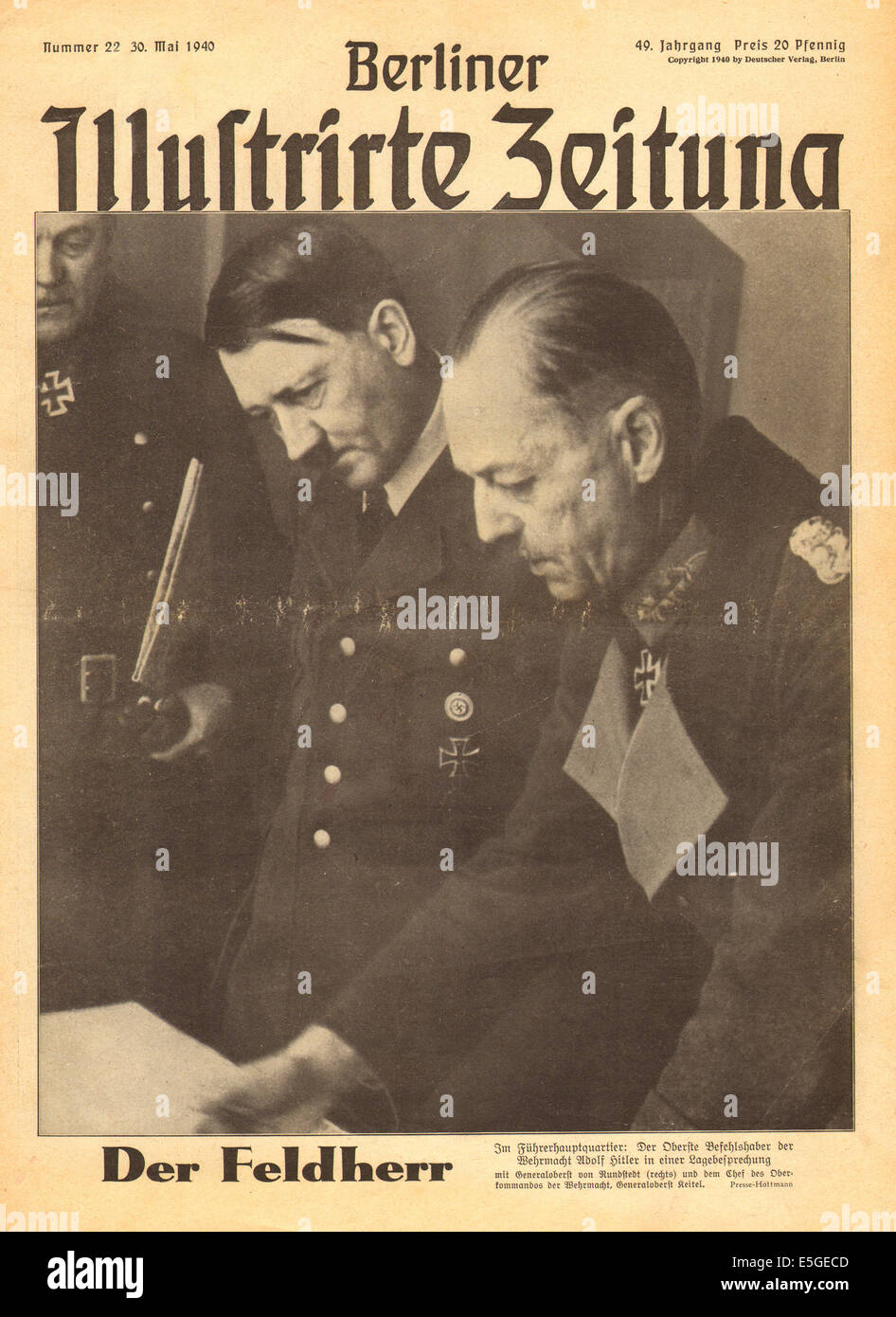 1940 Berliner Illustrierte Zeitung front page reporting Adolf Hitler and General Oberst von Rundstedt discuss military - Stock Image