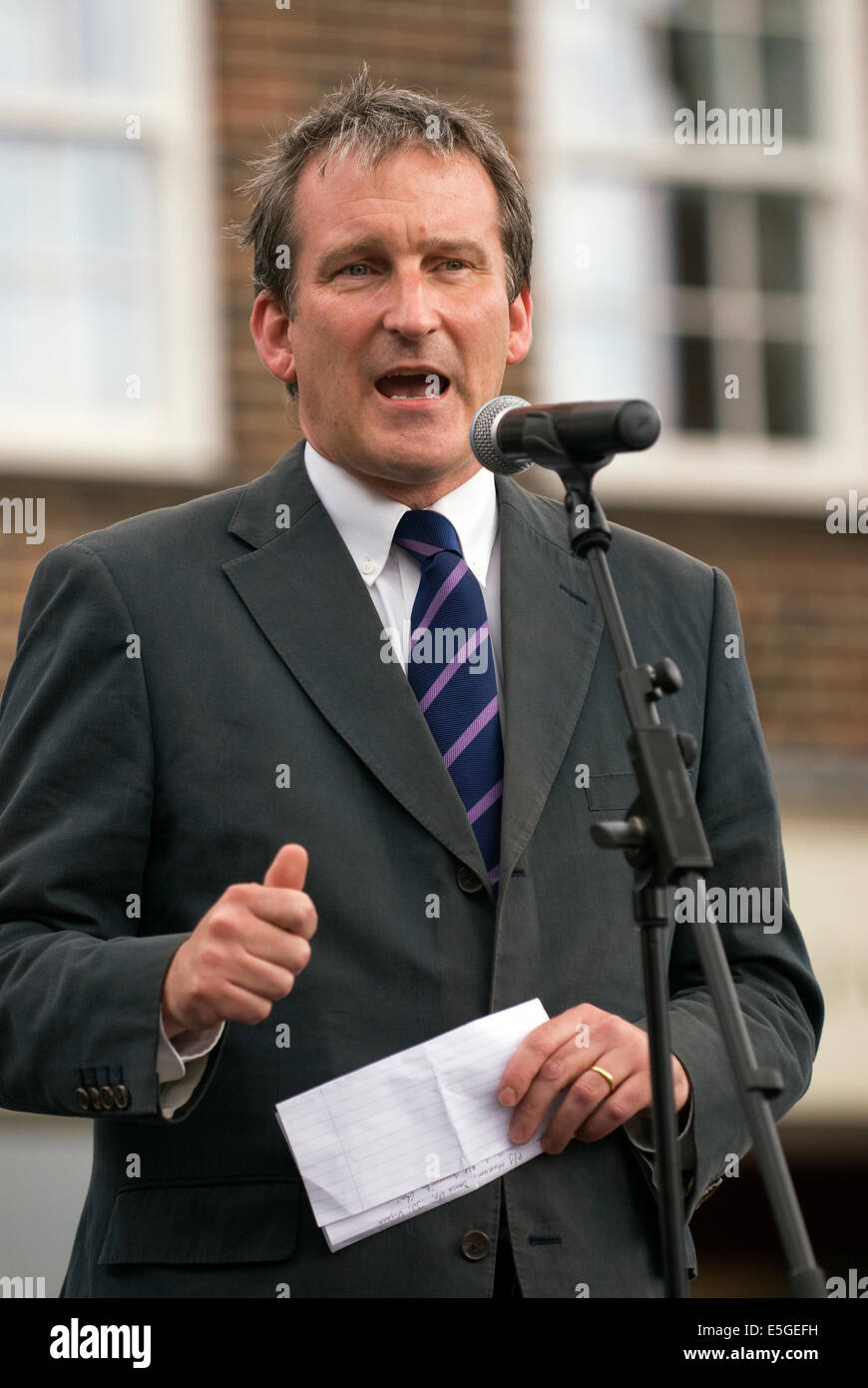 East Hampshire MP Damian Hinds delivers the closing speech following theatrical performances celebrating the centenary - Stock Image