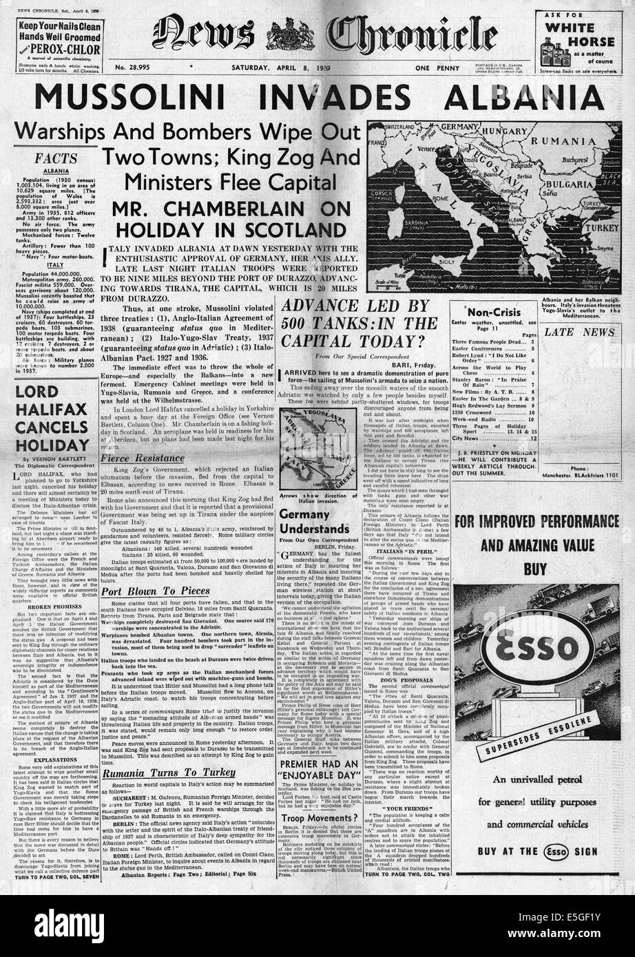 1939 News Chronicle front page reporting Italian forces of Benito Mussolini invade Albania - Stock Image