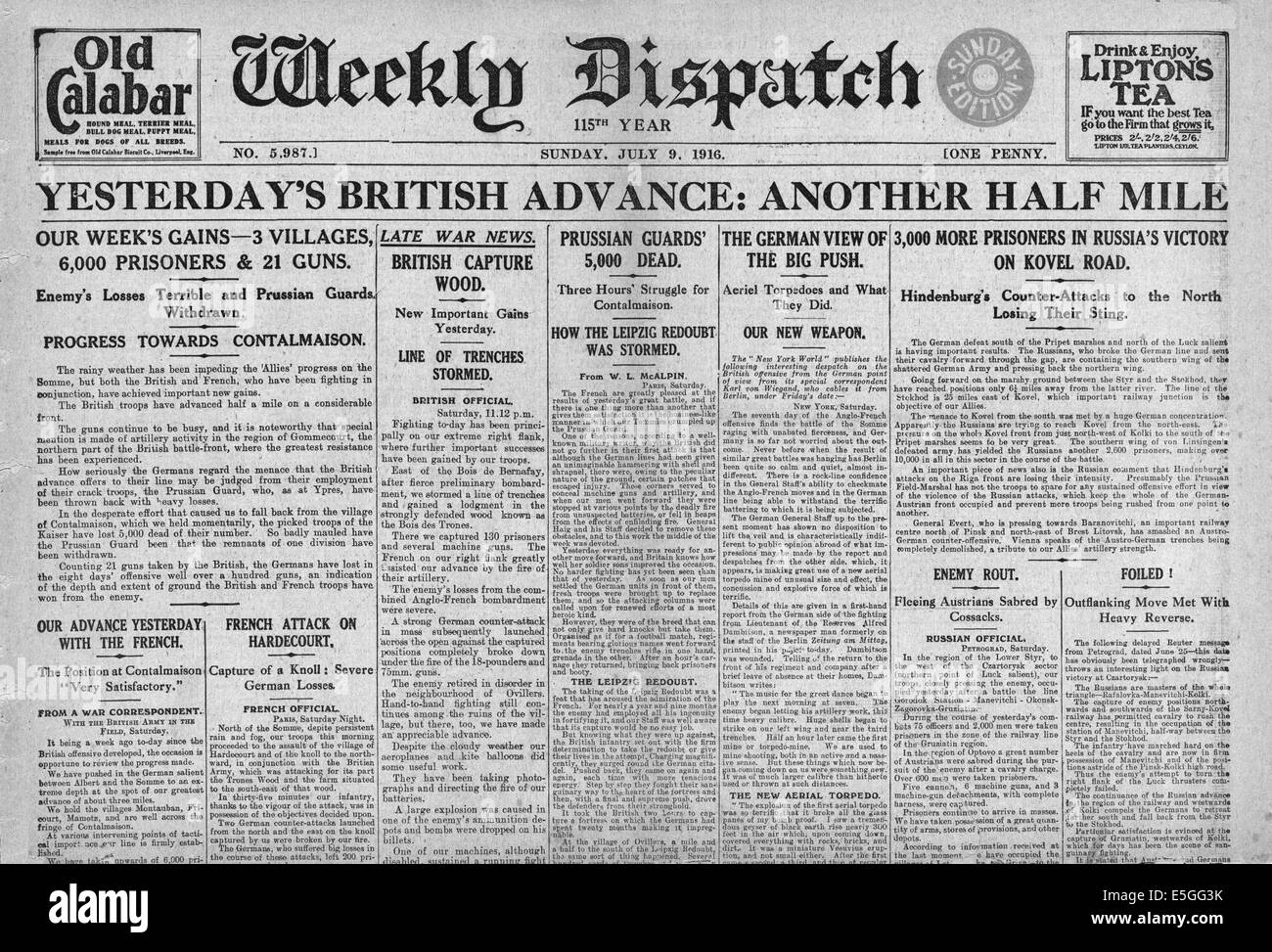 1916 Weekly Dispatch front page reporting the British Army advance during the Battle of the Somme - Stock Image