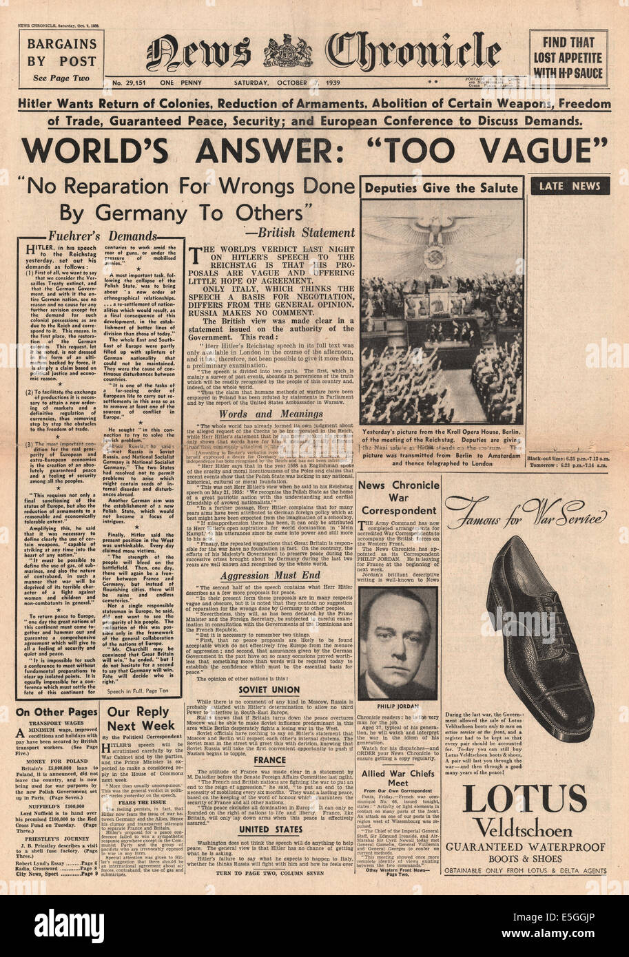 1939 News Chronicle front page reporting world powers snub Hitler's peace plan - Stock Image