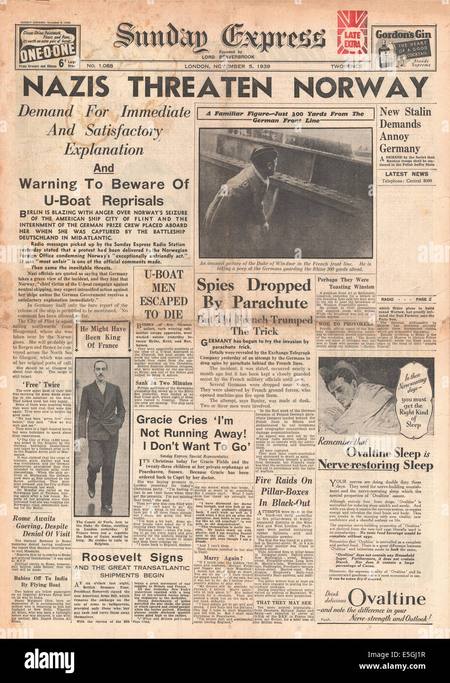 1939 Sunday Express front page reporting Nazi threat to Norway Stock